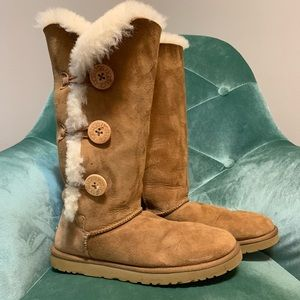 Suede Chestnut Bailey 3 Button UGG Boots